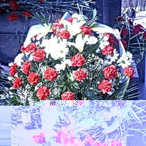 Квіти і низький уклін харків'ян Тарасу Шевченку