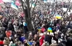 Євромайдан у Харкові сьогодні об'єднав не менше 30 тисяч людей