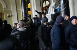 Харківські євромайданівці переночували у Будинку Рад