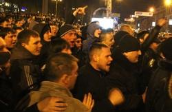 Свій проти свого. Два мітинги на Донецьку  завершились жертвами і кров'ю