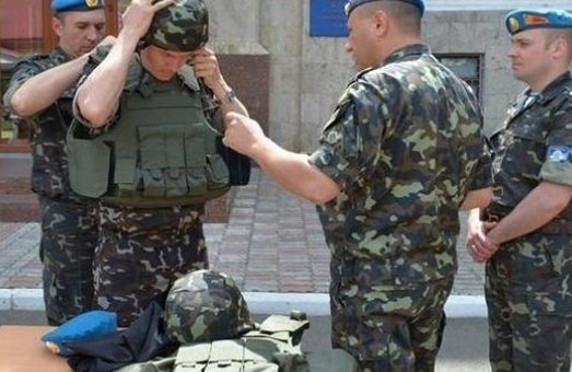 У Харків заїхали фури з обладнанням для українських військових