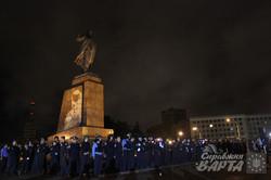 Харків'яни заспівали Леніну про Путіна