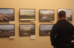 «Який крихкий світ»: в Харкові відкрилася виставка, присвячена довоєнному Слов'янську