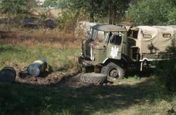 Підступна війна: терористи стріляли з танка під українським прапором