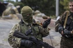 Донецьк здригається від артилерійських залпів: стріляють в районі аеропорту