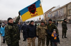 На площі Свободи харків'яни зустріли 22-й батальйон, який повернувся із зони АТО (фото)
