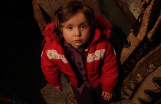 Навчання під землею. Як живуть діти у Донецьку