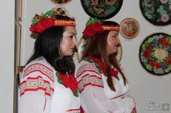 В Харкові відкрилася виставка петриківського розпису (фото)