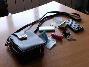 На 23 Серпня пограбована молода дівчина: злочинець затриманий (фото, відео)