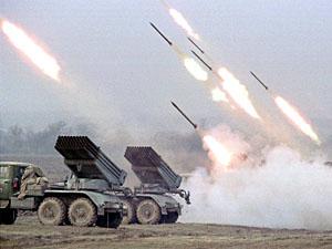Хто стріляє по Луганську?