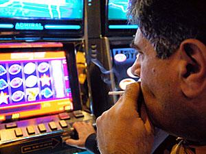 Дніпропетровські активісти створили електронну базу підпільних казино і борделів
