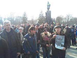 Харків'яни вшанували хвилиною мовчання пам'ять Ігора Толмачова і Вадима Рибальченка (фото)