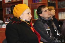 В книгарні «Є» презентували альбом «Каміння Майдану» (фото)
