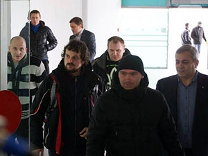 У Дніпропетровськ після лікування з Литви повернулися воїни АТО (фото)