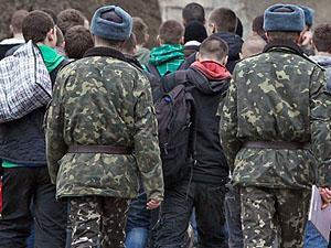 Хто не сховався - той не винен: в Лисичанську йде мобілізація