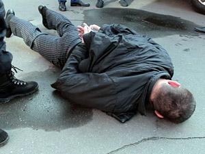 Особливості «республіканського» дозвілля: начальник охорони Плотницького «гульнув» в луганському кафе