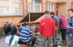 У дитячому садку Полтави батьки копають бомбосховище (фото)