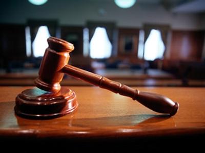 Стенд з помилкою в Московському суді просто знімуть