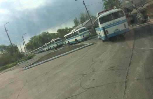 Фотофакт: жителів «ДНР» зганяють на «свято» в Донецьку (фото)