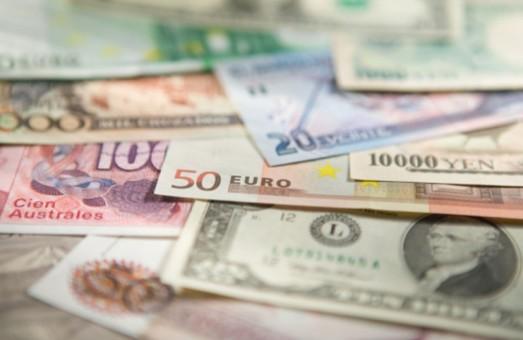 Курс валют на 12 травня 2015 року