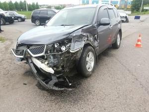 Біля Харкова вібулося ДТП з трьома авто (фото)