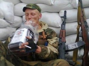 Жителі Донецька не приховують презирства до «озброєного бидла»
