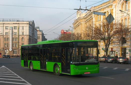 Проїзд в трамваях і тролейбусах подорожчав на 50 копійок