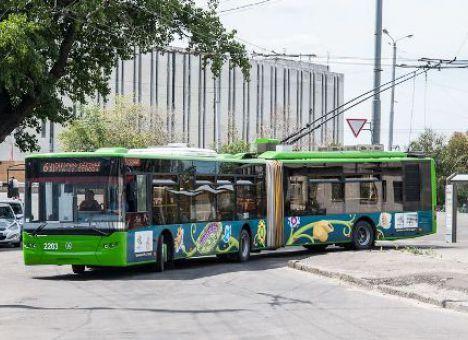 У Харкові підстрибнула вартість квитків у наземному електротранспорті