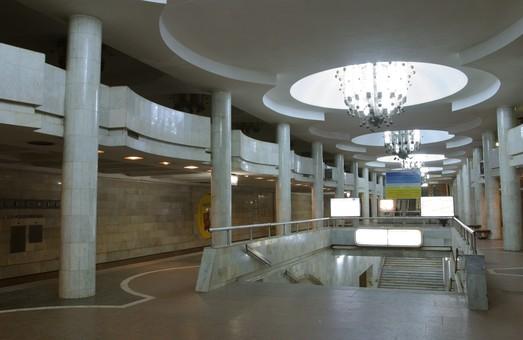 Харківські пенсіонери їздитимуть в метро безкоштовно