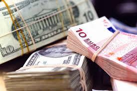 Долар снова трохи подешевшав, а євро подорожчав – курси валют Нацбанка