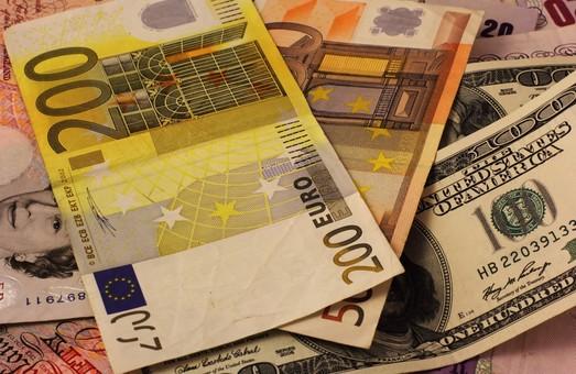 Курс валют на 11 червня 2015 року