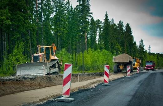 Харківська область збирається витратити мільйони на ремонт автошляхів