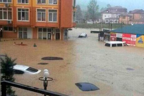 Потоп біля морських курортів. Стихія познущалася над Сочі та Адлером