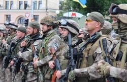 Харків'яни проводжали бійців «Східного корпусу»