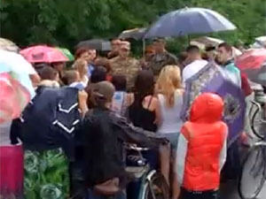 Полтавська траса під Дніпропетровськом була перекрита обуреними жінками