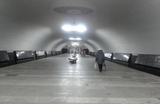 """хол станції підземки """"Московський проспект"""""""