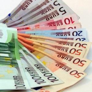 Курс валют на 28 липня 2015 року