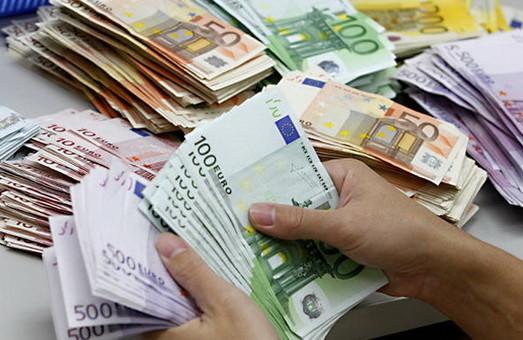 Курс валют на 5 серпня 2015 року