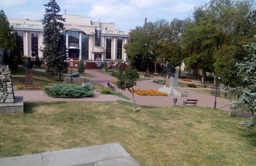 Луганськ: 220 років і півтора роки (фото)