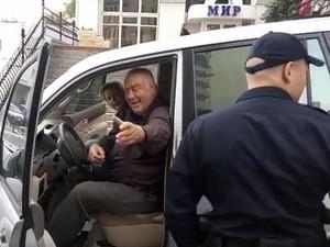 кандидат в мери Харкова Юрій Кроль п'яний за кермом