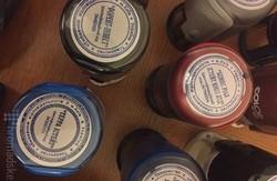 Представники СБУ показали фіктивні печаті та гроші, які були вилучені під час обшуку в Корбана (фото)