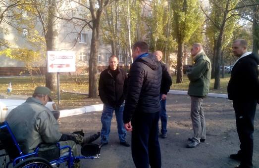 До комбата одеської 28-ої бригади у справі про контрабанду правоохоронці прийшли прямо в госпіталь (фото, відео)
