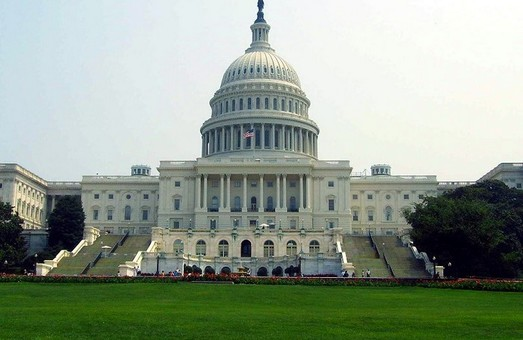 Америка хоче надати України 300 млн доларів на покращення ЗСУ