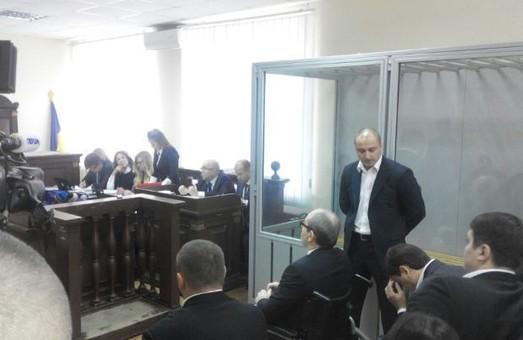 Добкін знову вирішив підтримати друга не розлий вода у полтавському суді