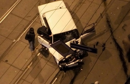 На перехресті вул.Короленка та п. Московського зіткнулися два авто (фото)