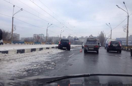 Поблизу другого Панасівського проїзду «врізалися» два легкових авто (фото)