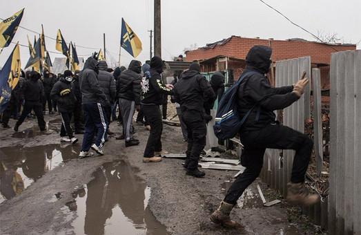 У Краснокутську відбулася акція протии дій керівників райвідділу поліції (фото, відео)