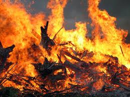 У дачному кооперативі «Дружба колективу» сталася пожежа. Є жертви