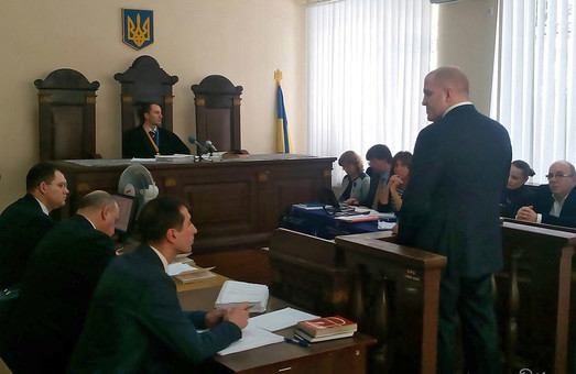 допит свідків - охоронців кернеса триває 1 лютого 2016 року