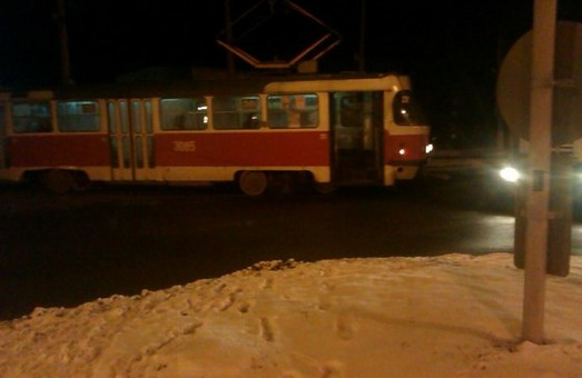 Городянам набридлі щоденні трамвайні аварії. Вони надали відповідну петицію